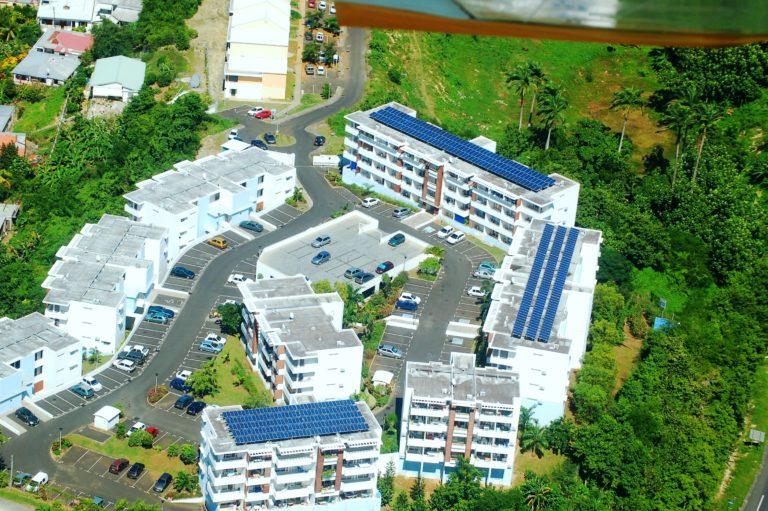 Toiture photovoltaïque de la résidence de l'Université Abymes