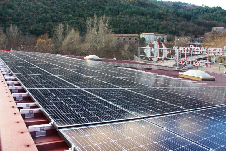 Toiture photovoltaïque Apex Energies Besseges