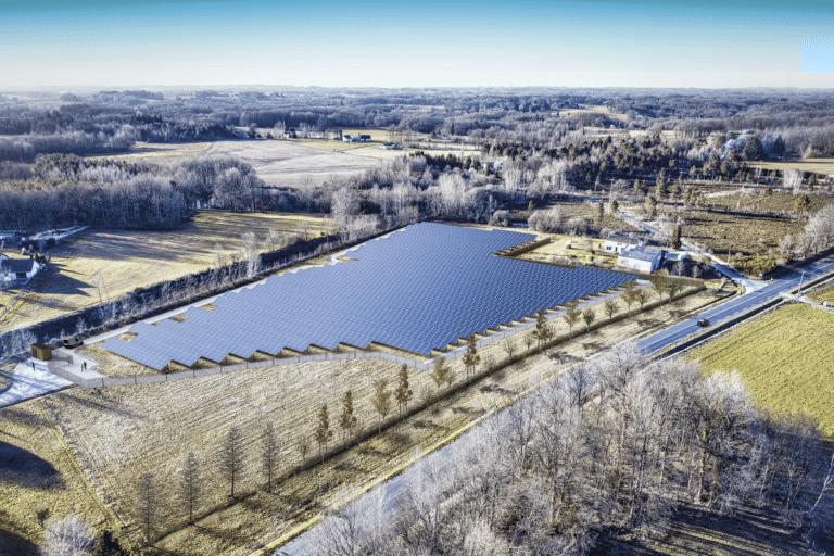 Centrale photovoltaïque au sol à St-Jory réalisée par Apex Energies